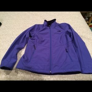 North Face Women's Coat Size Large